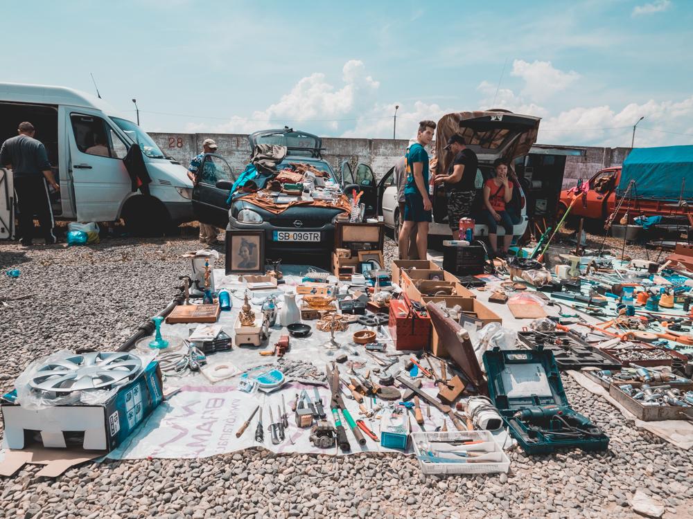 Flohmarkt in Sibiu. Hier findet man alles