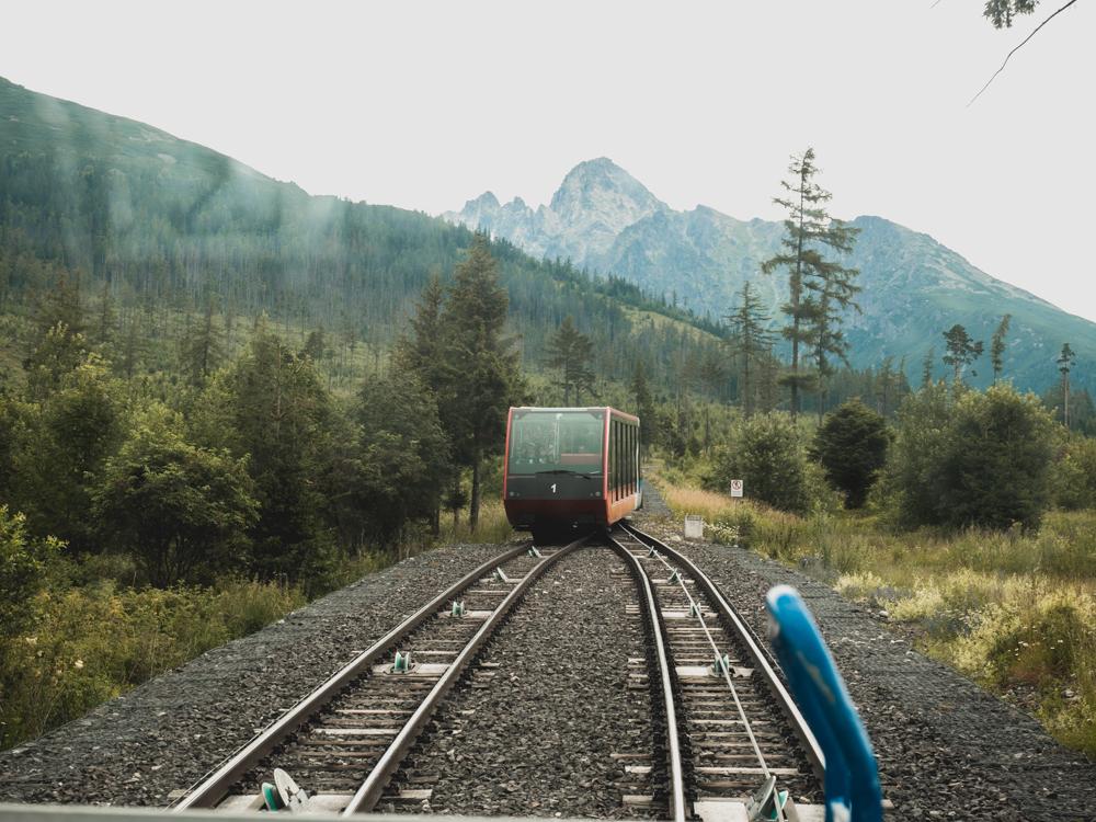 Auf dem Weg zur Wanderung in der hohen Tatra
