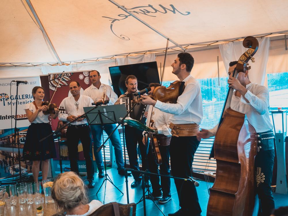 Kulturfestival in Myslenice