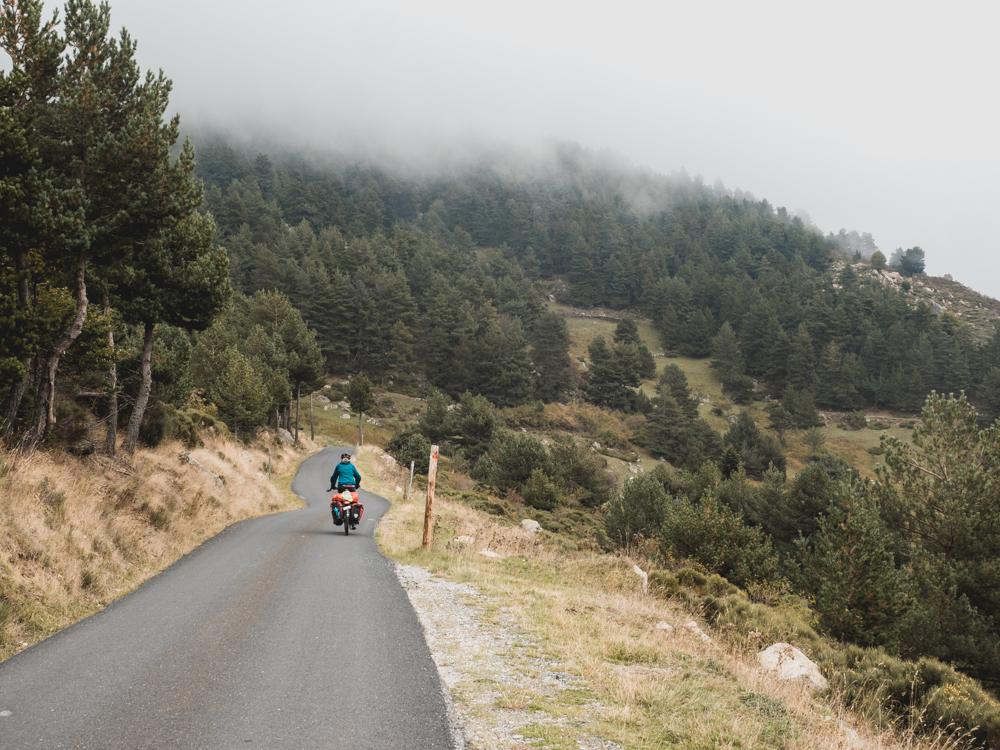 30km Abfahrt im Regen