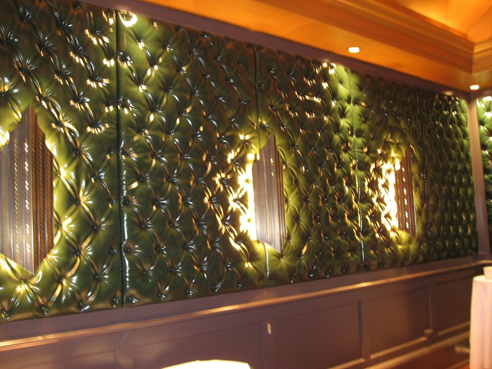 WallPanels_BarDie_BLSeating (40).jpg
