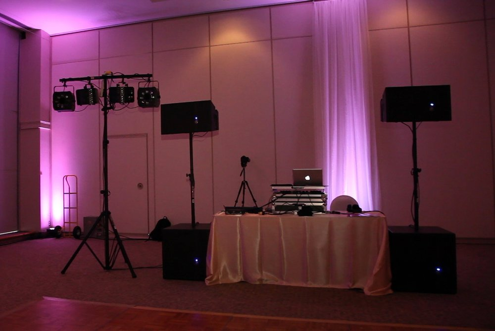 DJ with subs and Silver light pkg.jpg