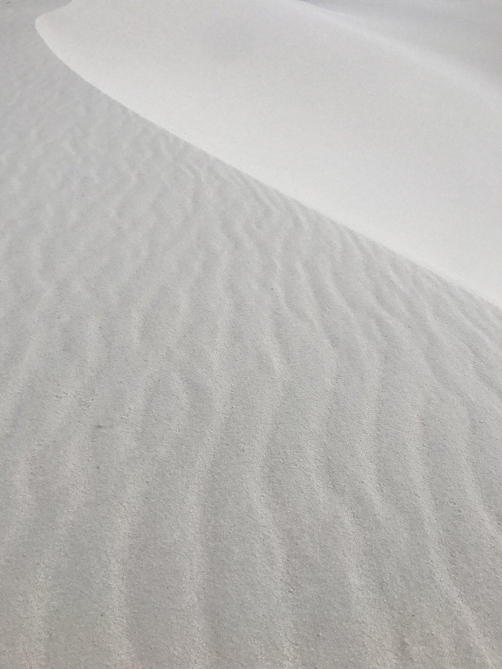 Par en Par _ On the Road _ White Sands 4.JPG