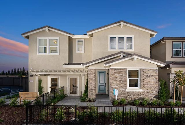 | COMING SOON |  Cresleigh's two gorgeous model homes in the Cresleigh Domain community will be offered for sale to two lucky buyers very soon! Come and complete the neighborhood. 📸 : @keithsutter  #folsomca #sacramentorealestate #newconstruction