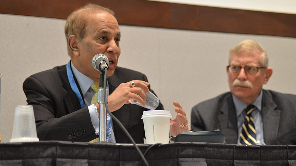 FROM LEFT: ATUL ARYA AND WILLIAM BONVILLIAN WERE AMONG EXPERTS WHO DISCUSSED THE FUTURE OF SCIENCE AND ENERGY POLICY UNDER THE TRUMP ADMINISTRATION DURING A AAAS ANNUAL MEETING SESSION. | ASHLEY GILLELAND/AAAS