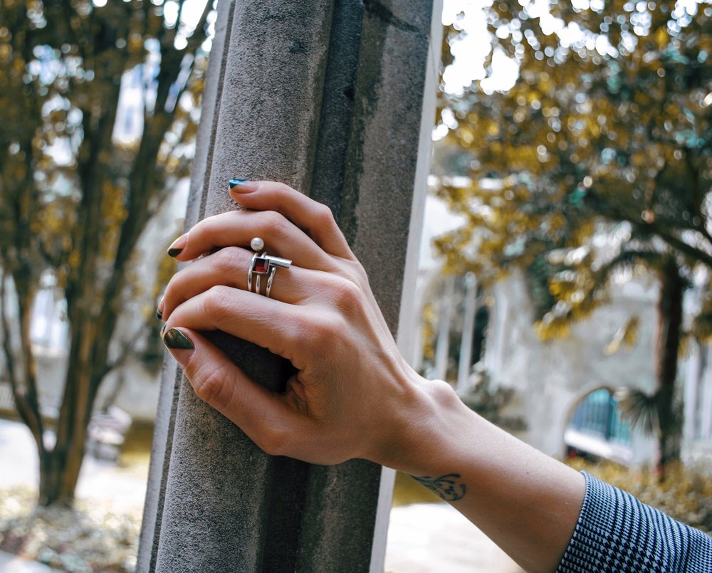 A pearl ring designed for her best friend: The best gift Anna has given recently