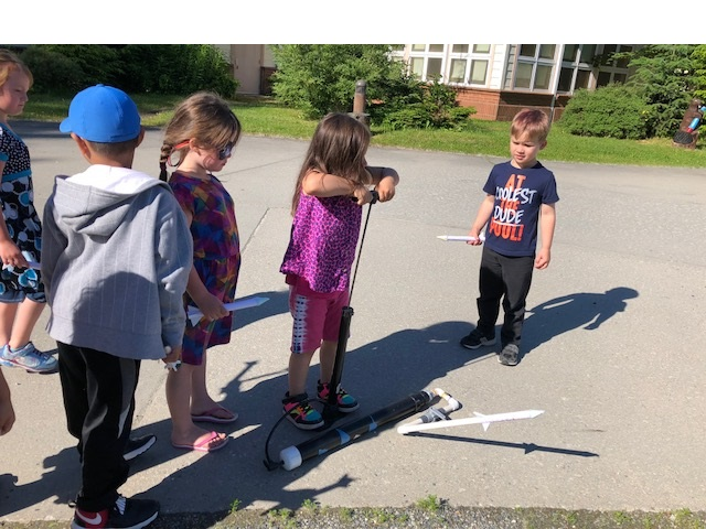 L.E.A.P. campers explore STEM principles, Juneau