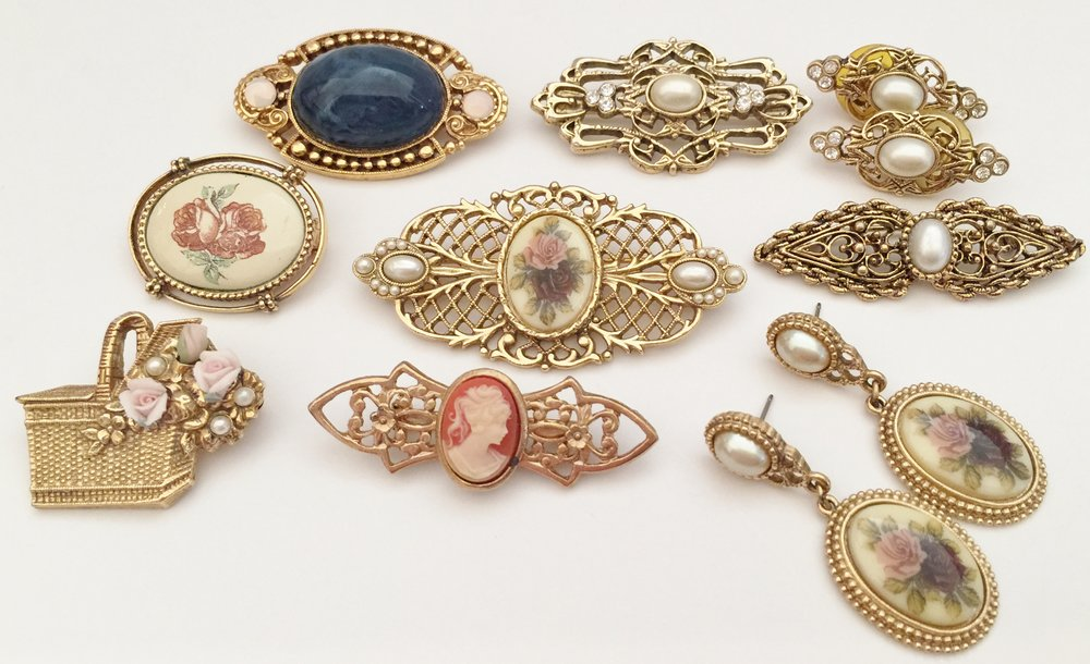 Collection of small 1928 pins and earrings ... 1980s