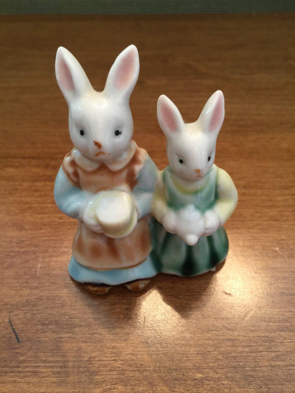 Small china bunny couple