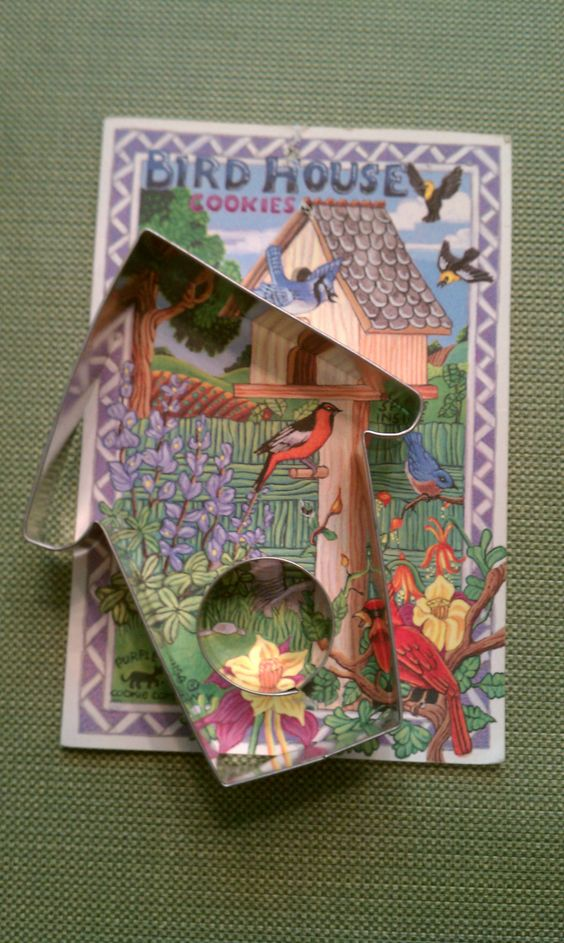 Bird House cookie cutter and recipe card ... Bark and Bradley 1995 Purple Puma collection