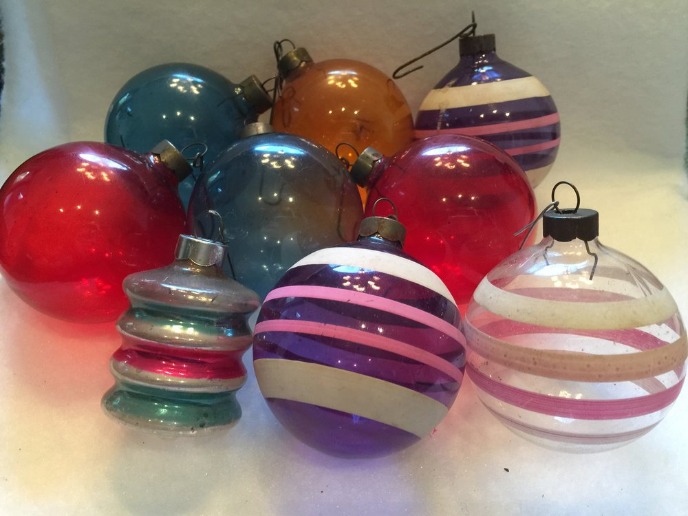 ornaments from the 1940s world war ii period
