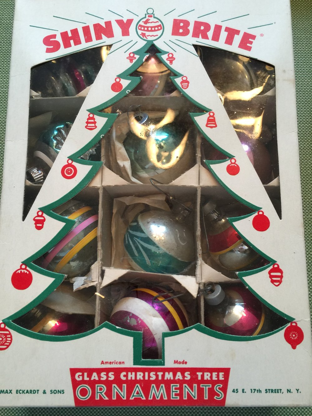 vintage shiny brite ornaments 40jpg - Vintage Shiny Brite Christmas Ornaments
