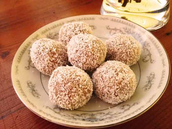apricot-balls