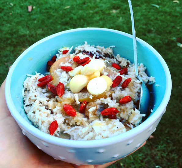 One nourishing bowl of deliciousness right there! ;)