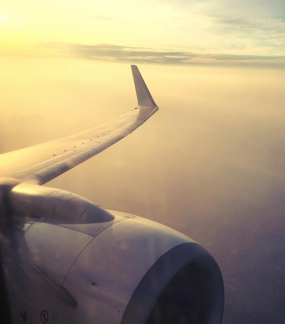 Flight from Mumbai --> Goa