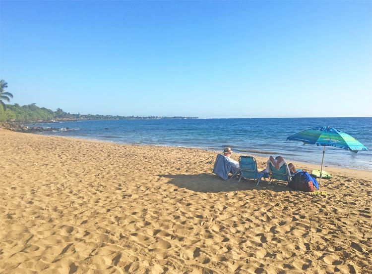 Hanakao'o Beach (Canoe Beach)