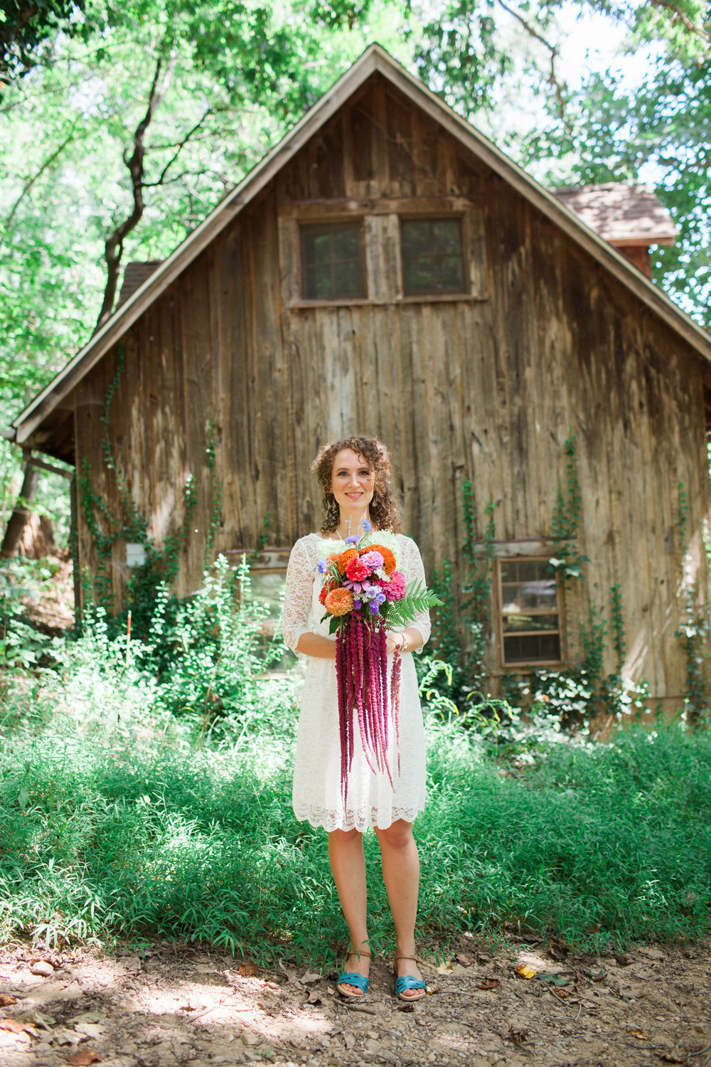 rustic berryville wedding