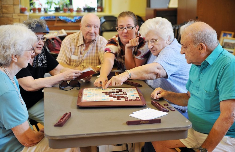 seniors play board games