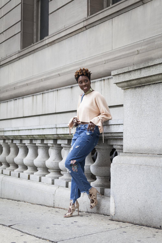 Dayna-Bolden-zara-off-the-shoulder-top-detail-sleeves-zara-patched-denim-jeans-22.jpg