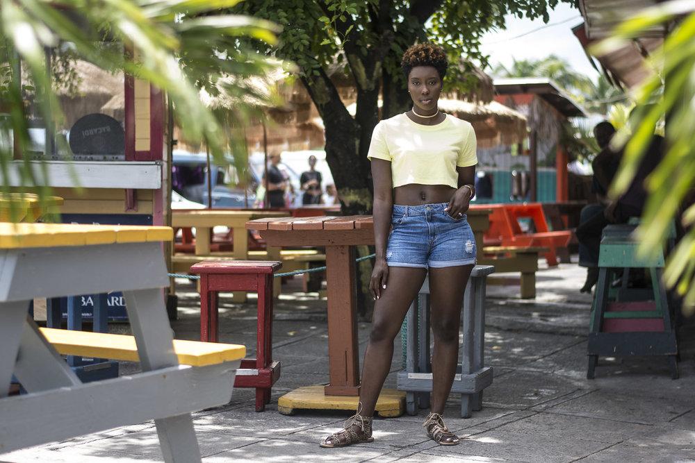 Neon-Dayna-Bolden-Neon-Neon-Dayna-Bolden-African-American-Travel-Blogger-Bahamas-Travel-5.jpg
