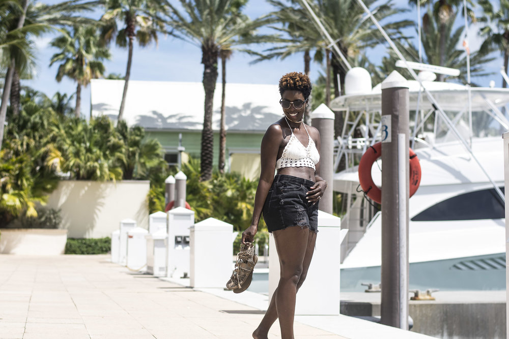 dockside-Dayna-Bolden-African-American-Travel-Blogger-Bahamas-Travel-9.jpg
