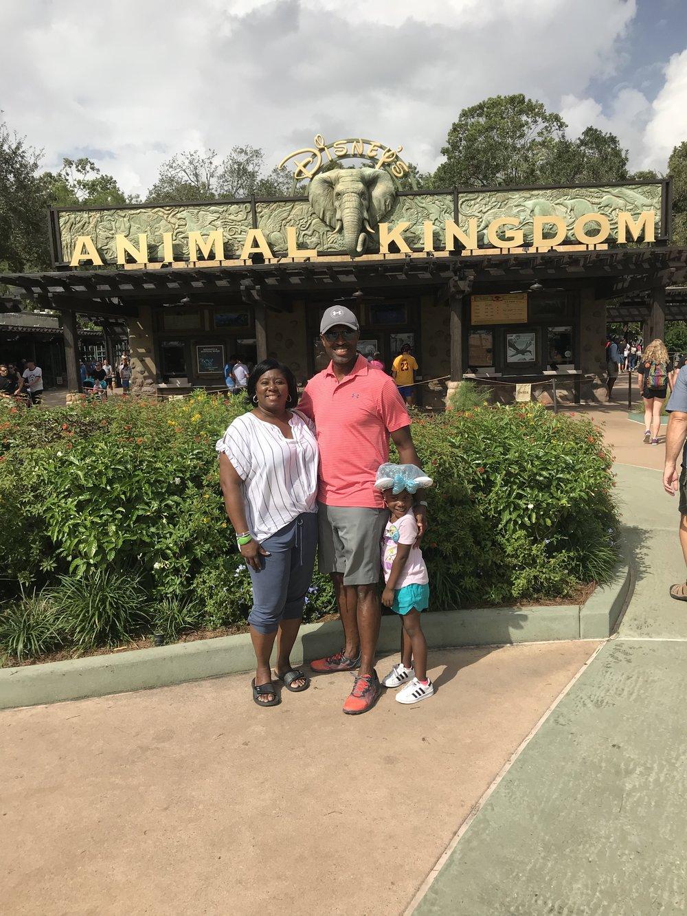 Animal Kingdown with granparents .jpg