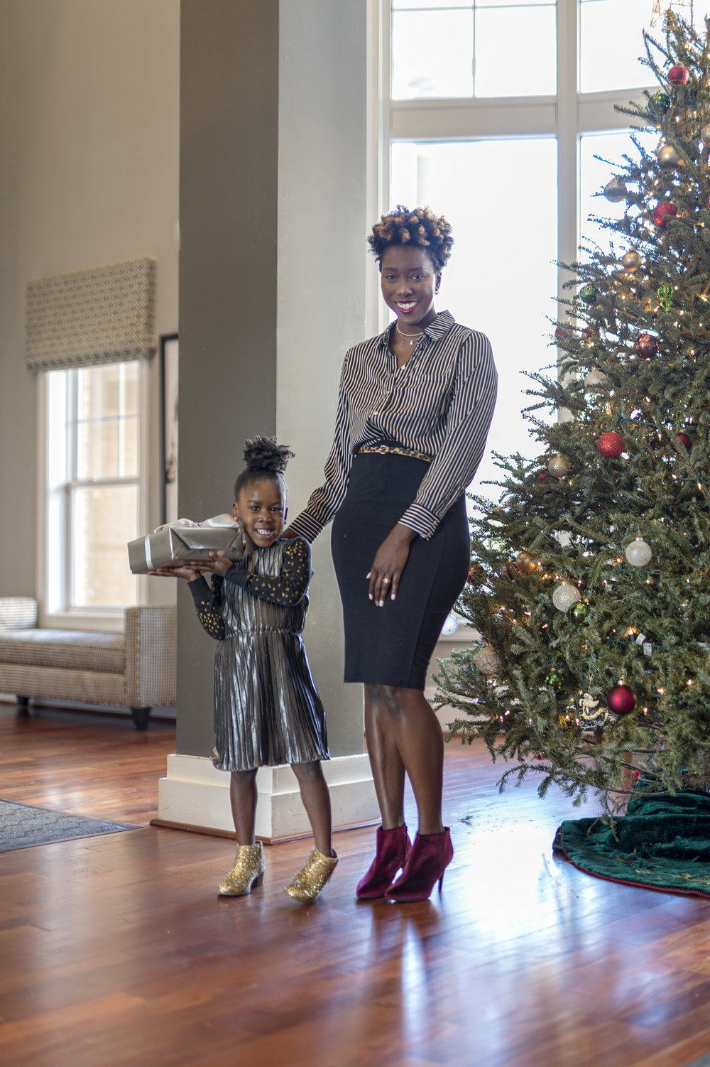 OLD NAVY HOLIDAY PARTY STYLE — DAYNA BOLDEN