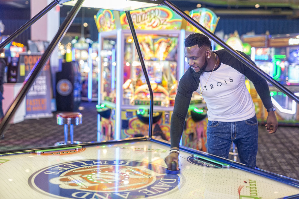 themBoldens_dave-and-busters-black-love-20.jpg