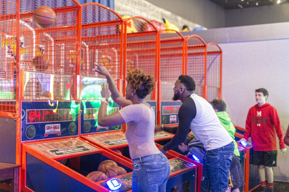 themBoldens_dave-and-busters-black-love-10.jpg