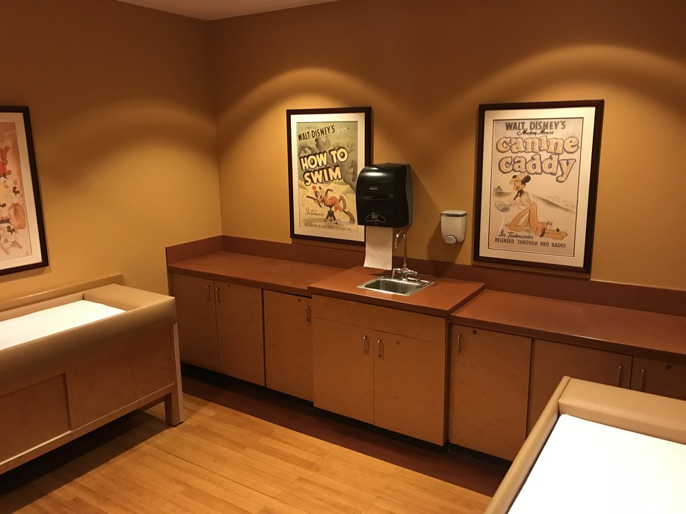 Disney-with-toddlers-nursing-room-4.jpg