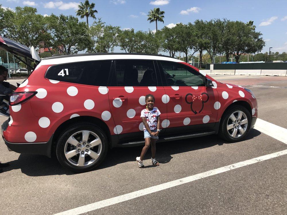 Disney-with-toddlers-minnie-van-lyft-ride-dayna-bolden.jpg