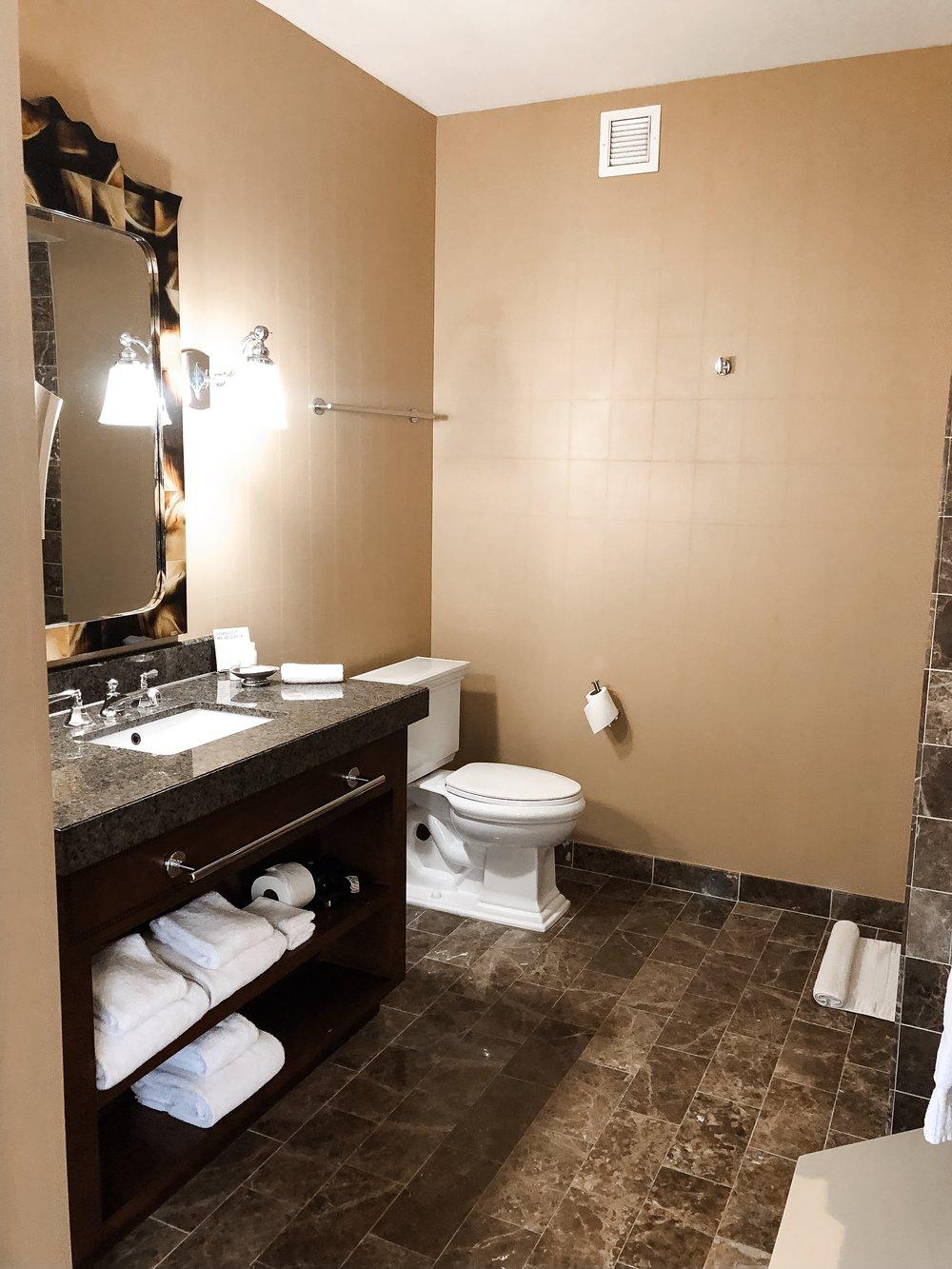 Kimpton-hotel-monaco-batheroom-2.JPG