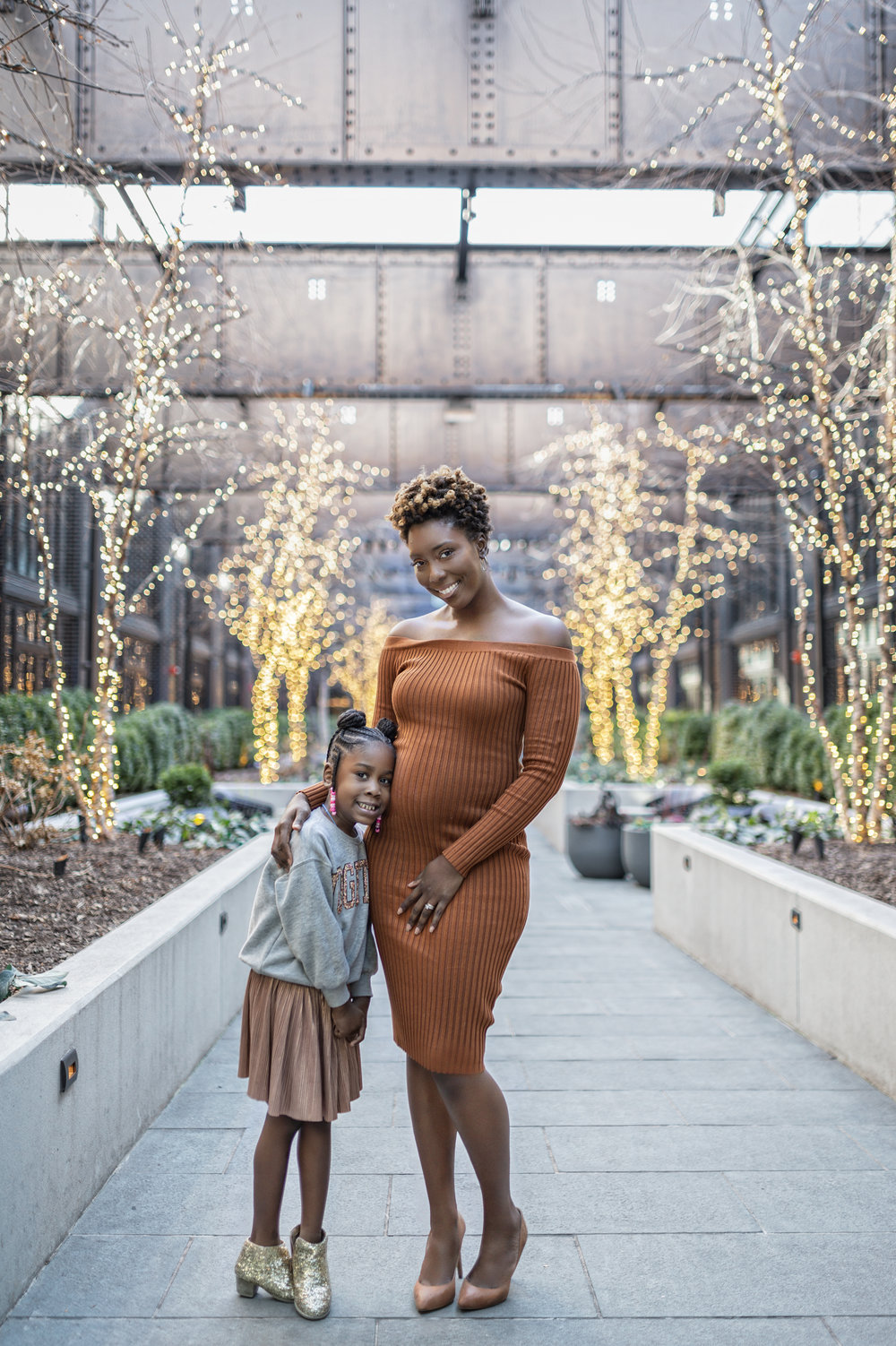 dayna-bolden-and-aria-expecting-mom-bloggers.jpg