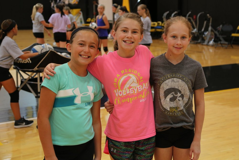 VOLLEYHAWKS CAMP - (FUNDAMENTALS: 5TH - 8TH GRADE)