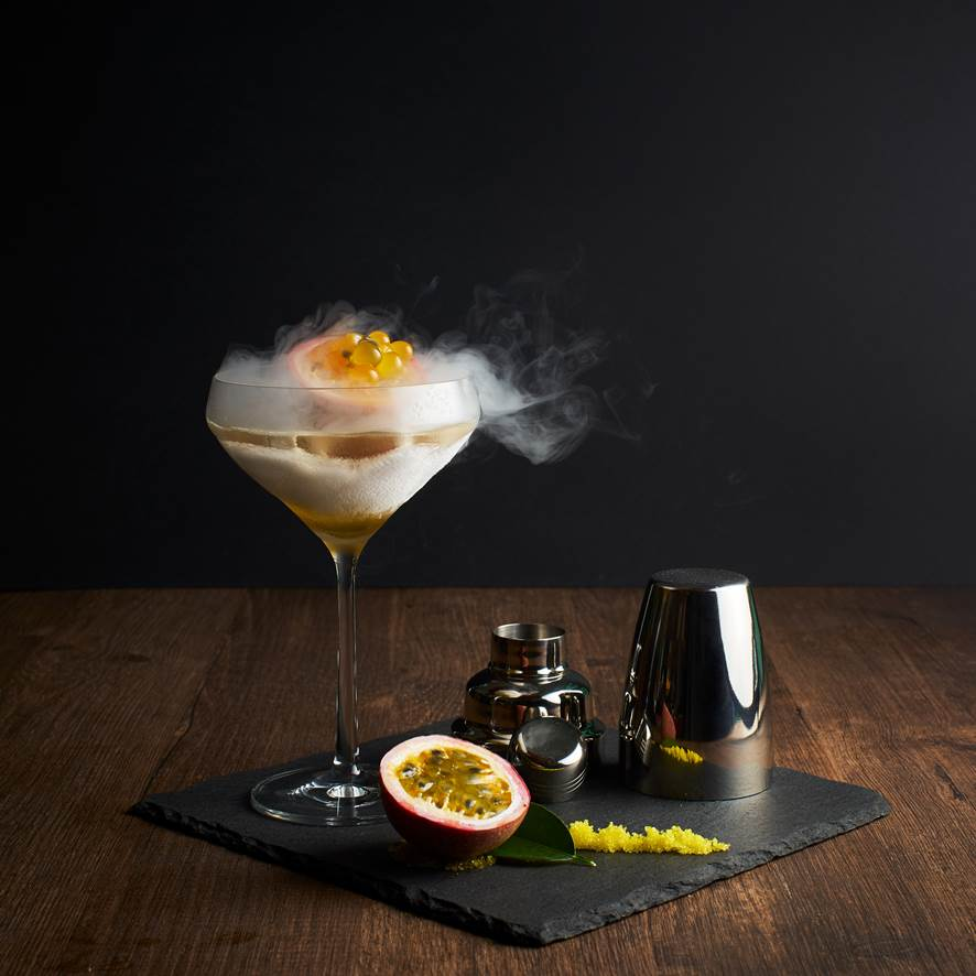 Nitro-Frost Caviar Martini
