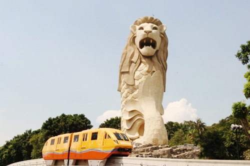 The Merlion - Express View Far.jpg
