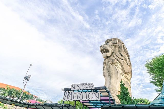 Just like the Merlion, we're always looking forward. Two more days till we celebrate our nation's birthday! 🇸🇬 📷: @inmt . . . #OneFaberGroup #SentosaMerlion #Memories #Delight #Escape #Escapade #ExploreSG #IGSG #Sentosa #Wanderlust #SentosaMerlion #Travel