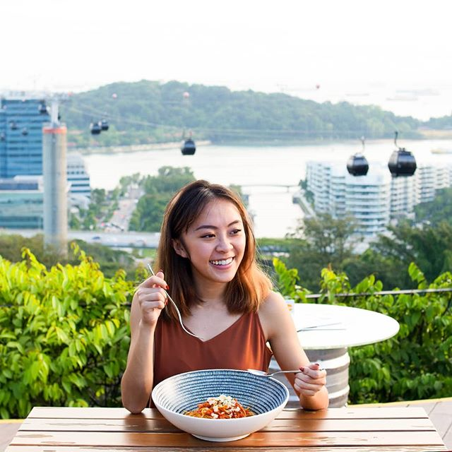Be bowled over by awesome sights, good vibes and our spicy spaghetti amatriciana all at #DuskSG. 😋🍝 . . #OneFaberGroup #sgig #exploreSG #IGSG  #sgfoodies #feast #pasta #spaghetti #foodie #singapore #skybar #sunset #cablecars #views