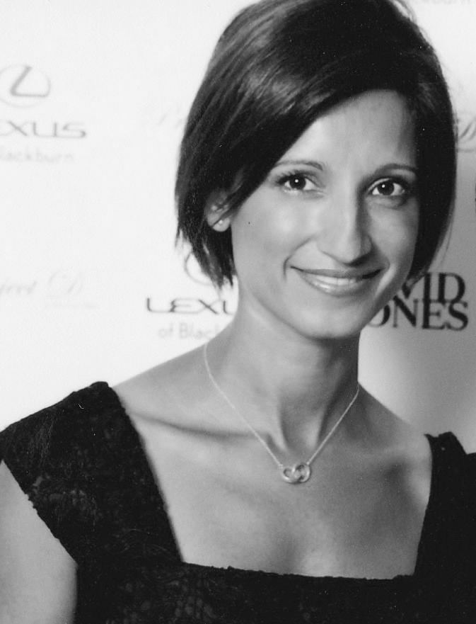 LISA GERCOVICH  GRAPHIC DESIGNER