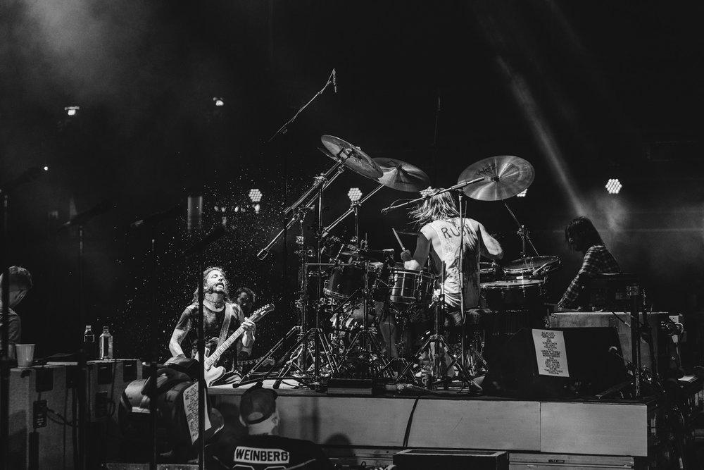 Foo_Fighters_Toronto_Born_Razed_13.jpg