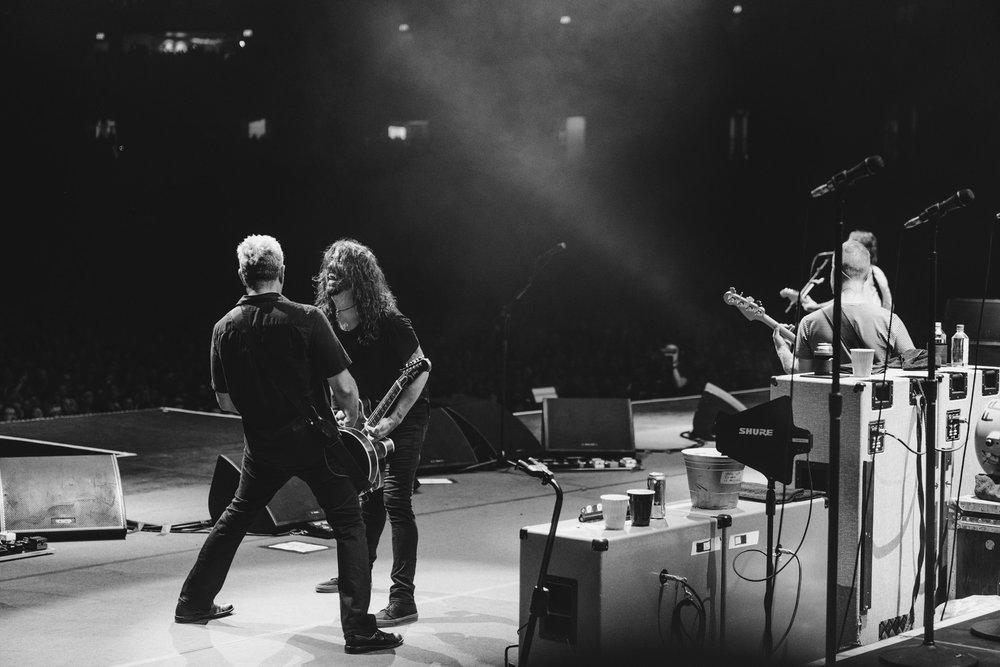 Foo_Fighters_Toronto_Born_Razed_23.jpg