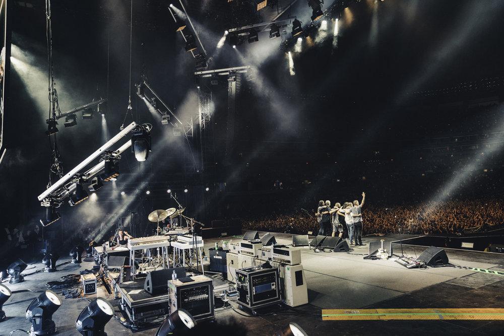 Foo_Fighters_Toronto_Born_Razed_37.jpg