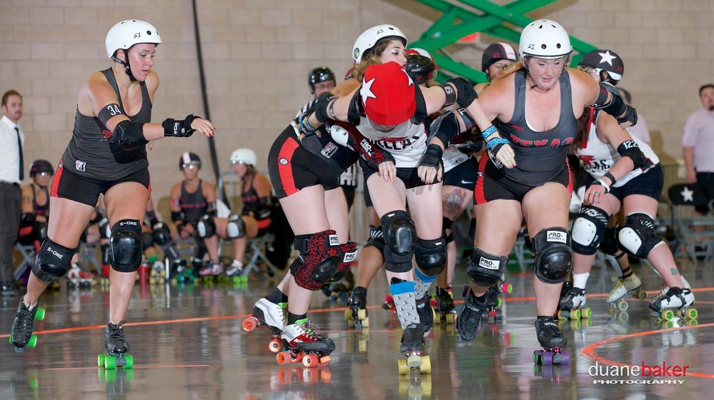 Dallas vs Texas Rollergirls - Photo by Duane Baker Photography
