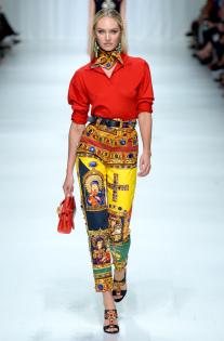 versace-rtw-spring-2018-milan-fashion-week-mfw-078.jpg