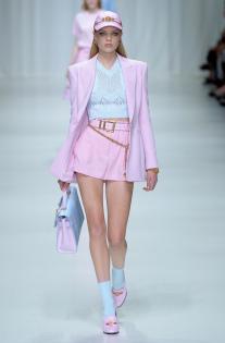 versace-rtw-spring-2018-milan-fashion-week-mfw-051.jpg