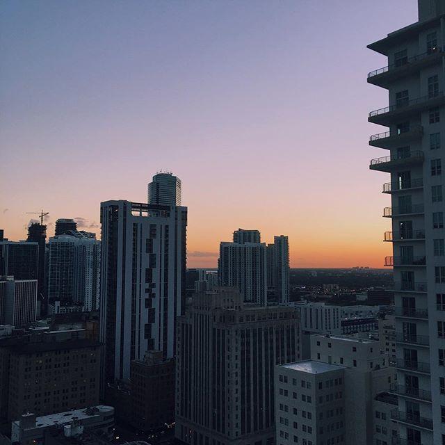 #Sunsets 🌆