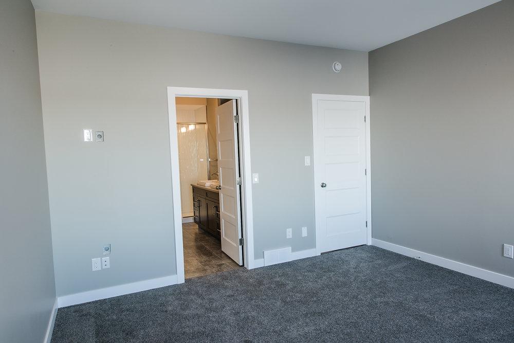 Maple Ridge Homes-075.jpg