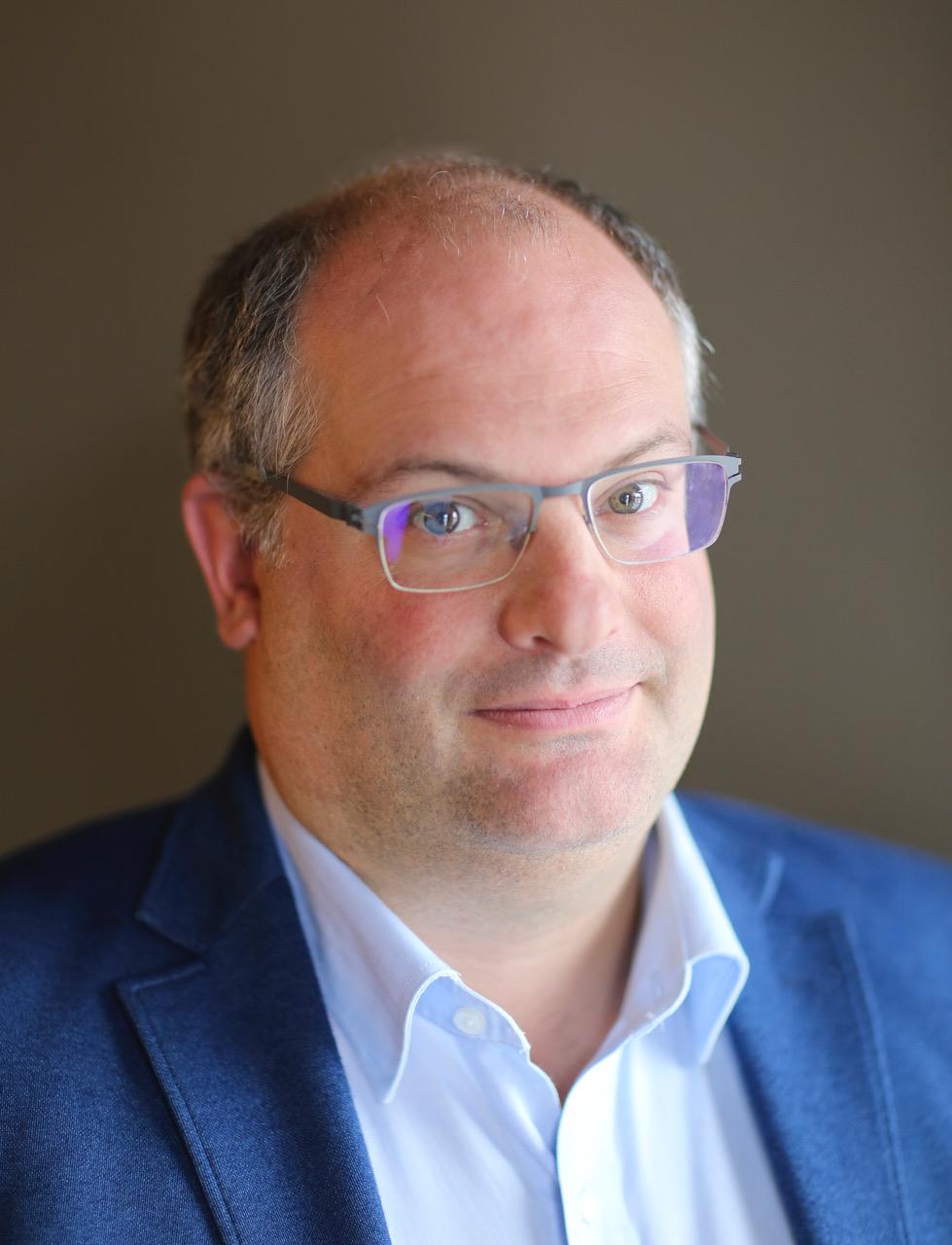 Dr. Sebastien Goethals