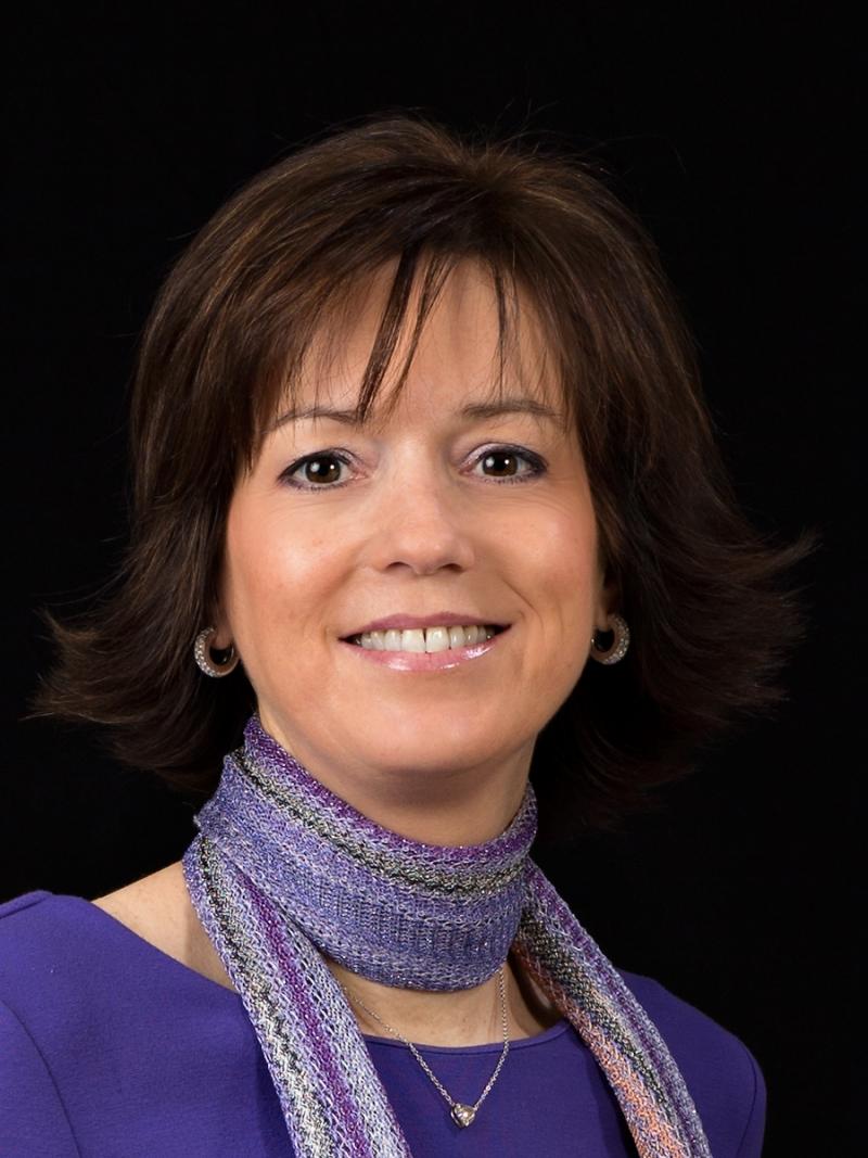 Dr. Marie-Claire Linsen