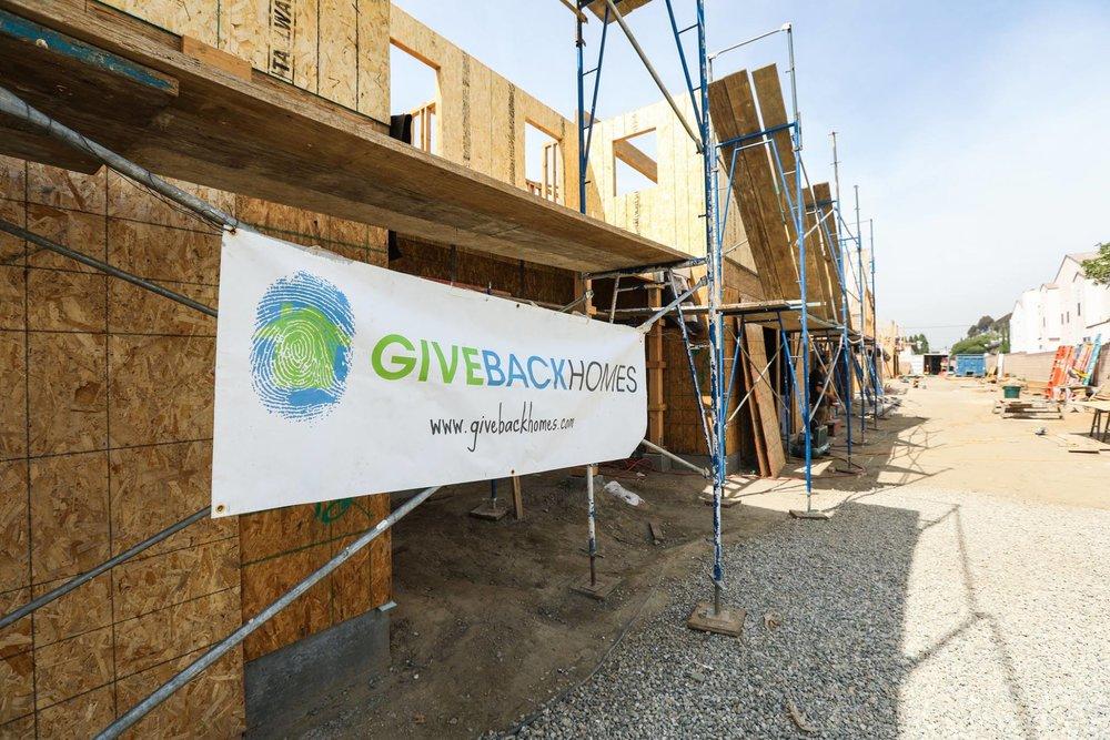 Group Photo - GiveBack Homes Bellflower Build 3.10.17.jpg